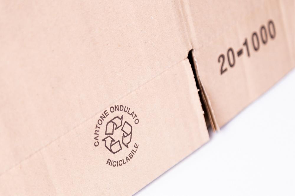 Cartone ondulato completamente riciclabile e biodegradabile