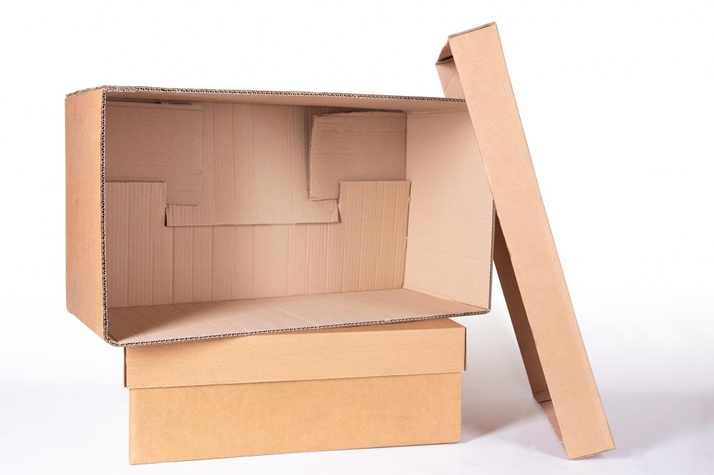 scatola fustellata in cartone triplex chiusura vista interna