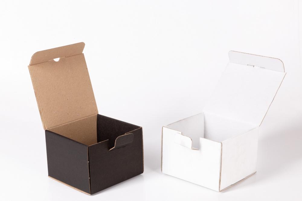 scatole automontanti onda singola patinate e fondo pieno